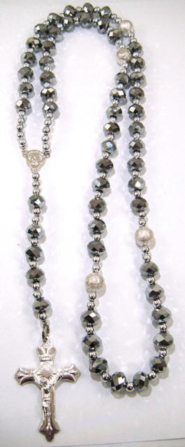 Grey Color Genuine Crystal Rosary></td>