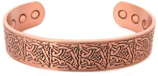 Wide Cultic Knott Magnetic Copper Bangle