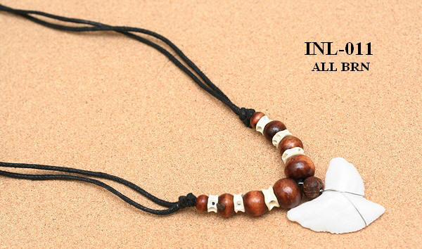 Shark Teeth Necklaces With Coco Wood Beads